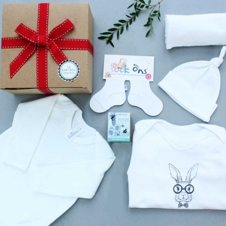 all_white_baby_hamper_giveaway