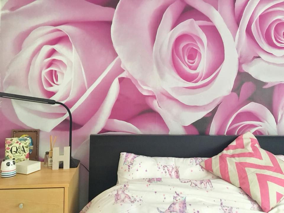 feature wall roses