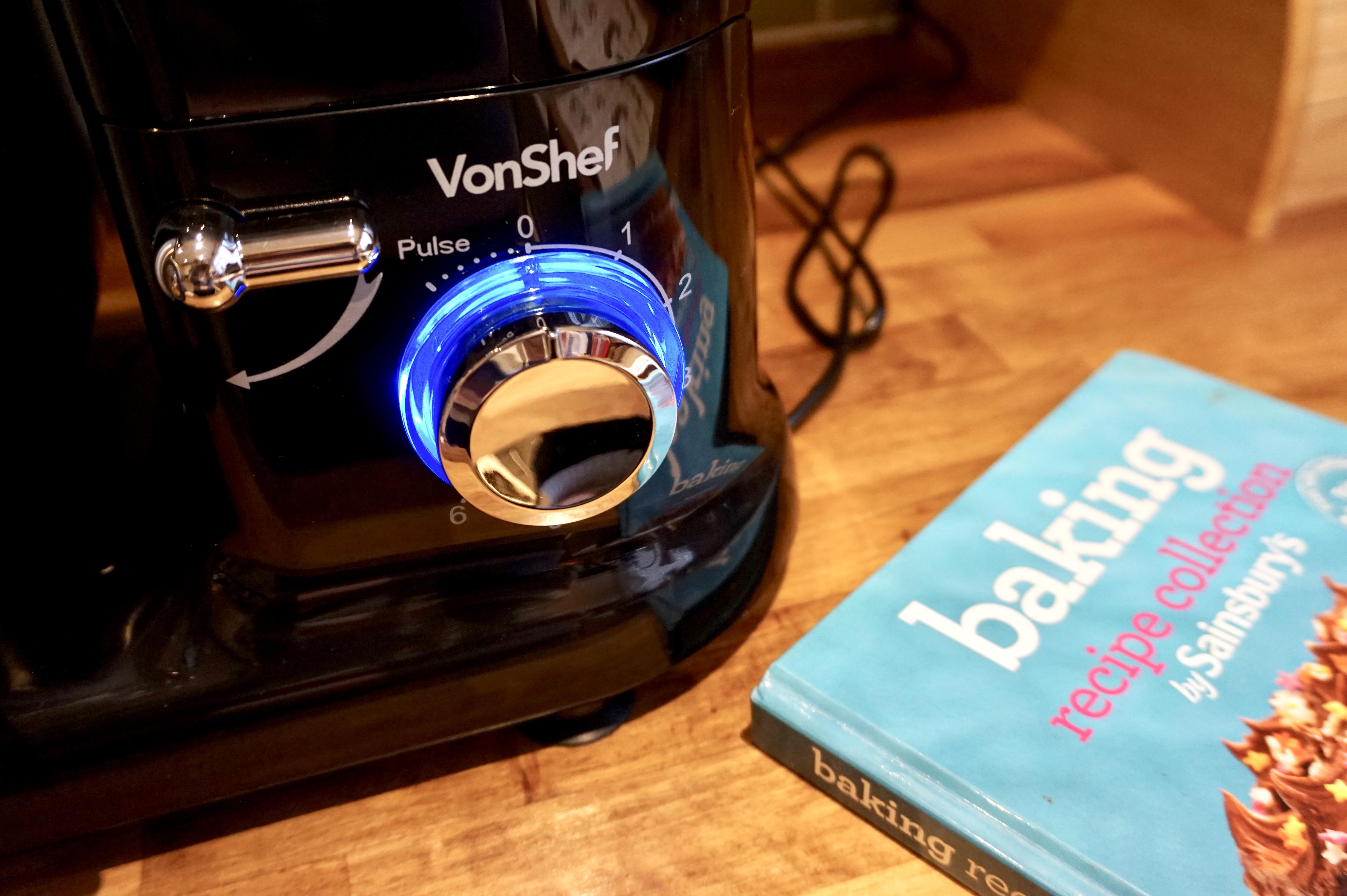 baking with domu VonShef mixer