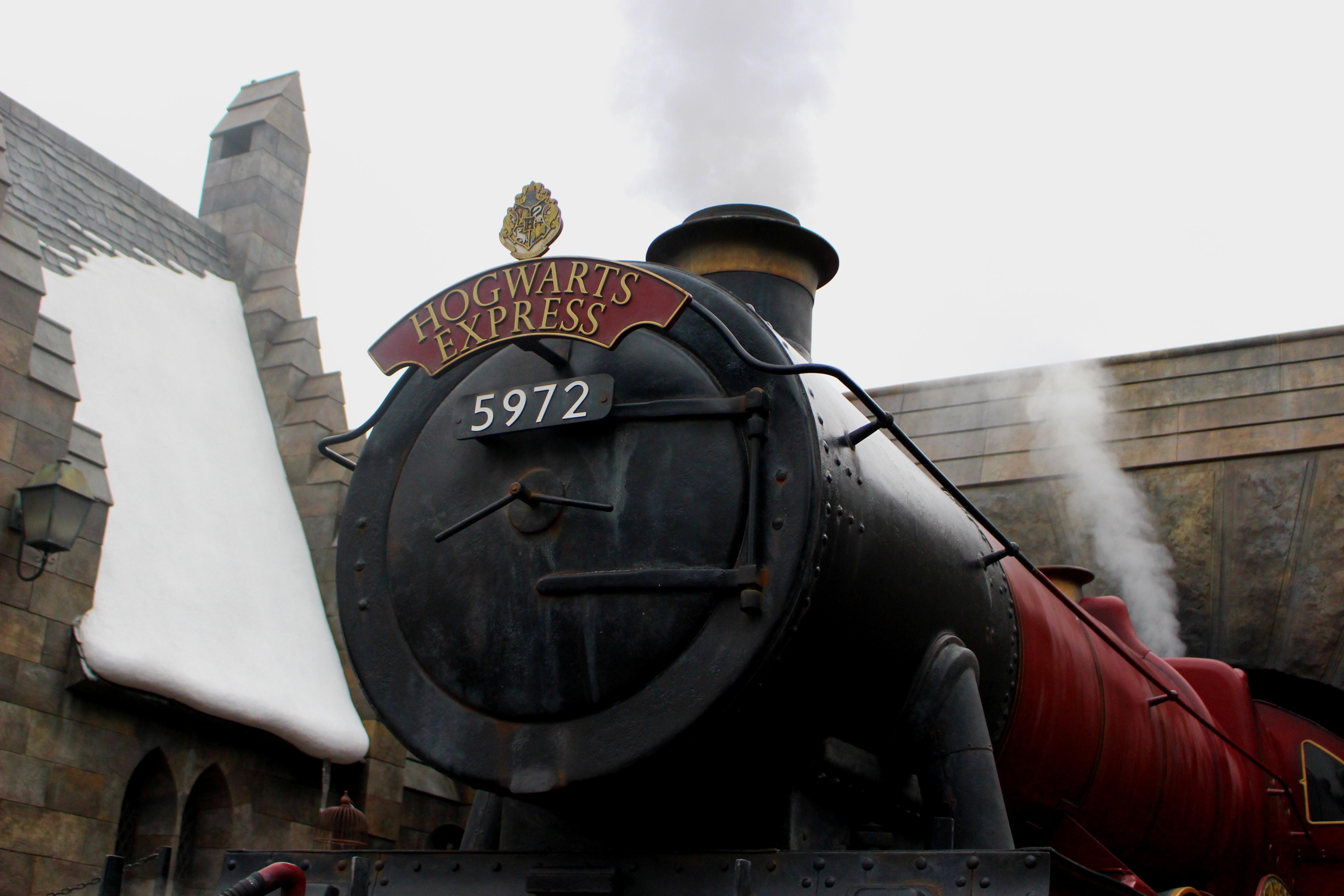 universal studios hogwarts express